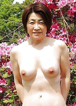 Naked Asian Older Women