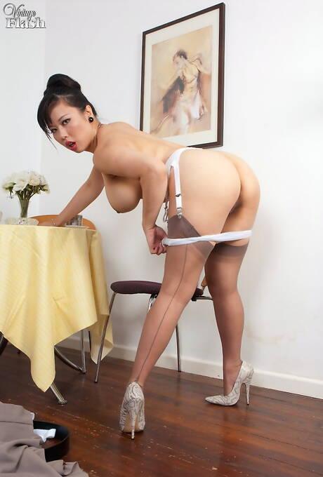 Asian MILF Ass